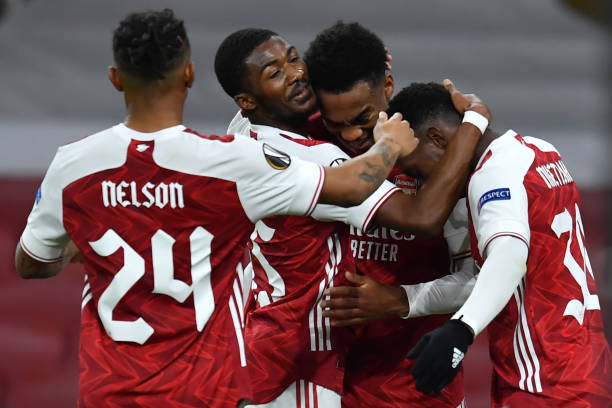 Arsenal cruise to easy victory over Dundalk