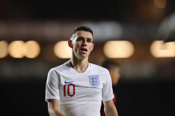 Gareth Southgate recalls Phil Foden to England squad
