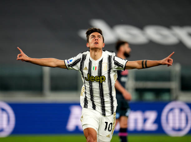 Ronaldo and Dybala score as Juve edge Napoli