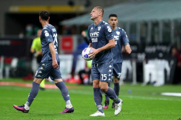 Benevento in action versus AC Milan