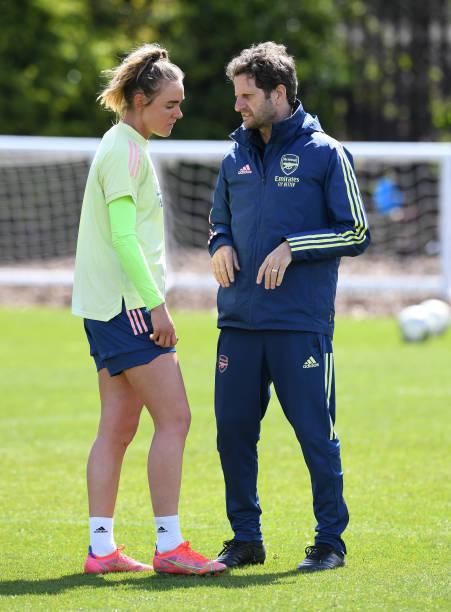 Arsenal's departing duo: Dutch midfielder Jill Roord and Australian manager Joe Montemurro